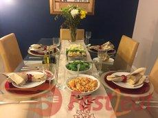 """Este que eu servi com <a href=""""http://fast2eat.com.br/recipe/almeidas-codfish/"""">Bacalhau do Almeida Fast2eat</a> e uma salada verde, mas também é delicioso com esta receita <a href=""""http://fast2eat.com.br/recipe/herb-smoked-ham/"""">Tender Defumado com Ervas Fast2eat</a>, ou churrasco, bife, frango ou qualquer carne que você deseja."""